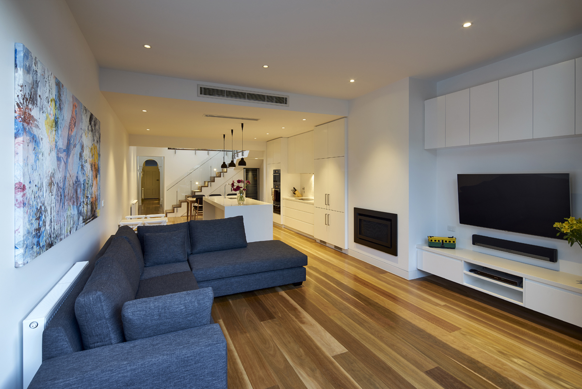 Terrace house architecture project albert park dx for 4m kitchen ideas